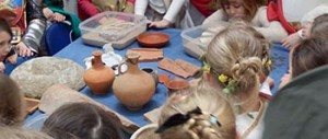 Learning about Roman artefacts